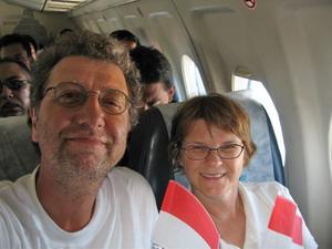Nationalfeiertag im Merpati-Flieger