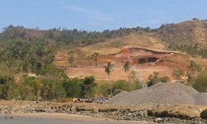 Beginn der Zerstörungen auf Bangka