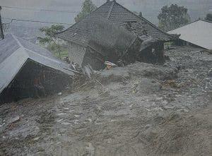 Bali: Zerstörte Häuser