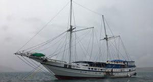 Tauchschiff Fiji Siren
