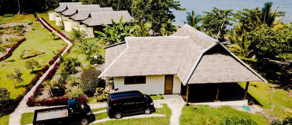 Luftbild Blick auf Restaurant und Bungalows
