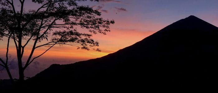 Sonnenuntergang am Vulkan Inerie, Flores