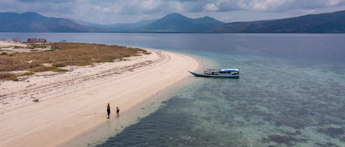 Maumere, Oberflächenpause auf unbewohnter Insel