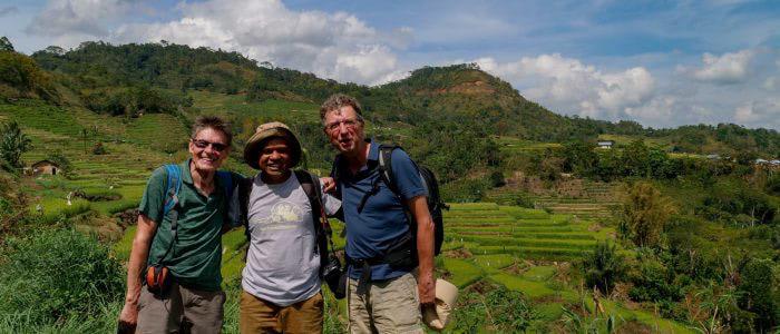 Mit Leonardus in den Reisfeldern bei Ruteng