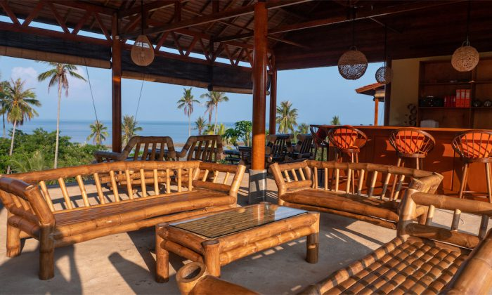Marind Dive Resort: Die Bar