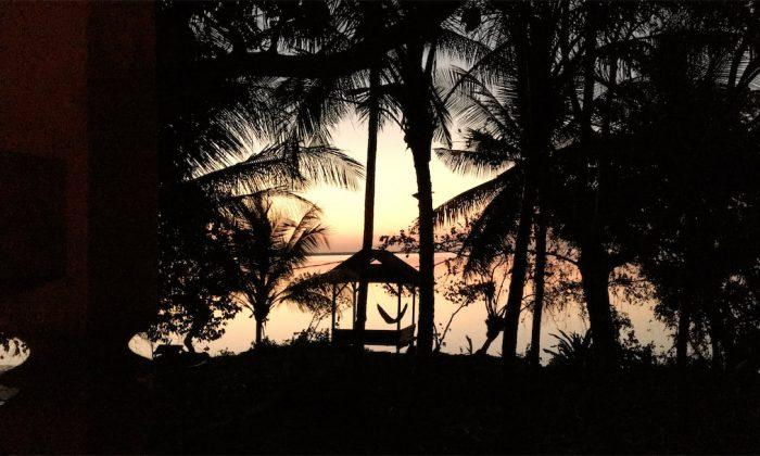 Sonnenuntergang im Hoga Island Dive Resort