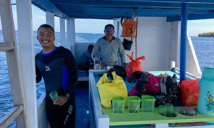 Tomia: Tauchboot mit Kapitän und Tauchguide